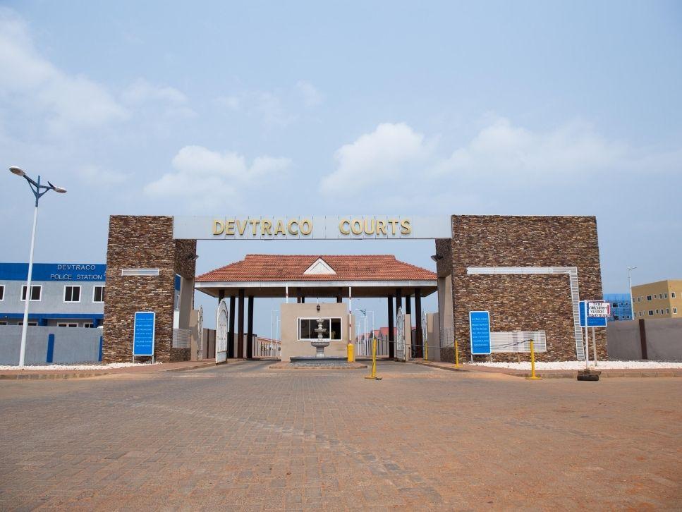 Devtraco courts gate